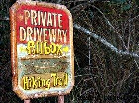 Lanikai Pillbox Trail Sign