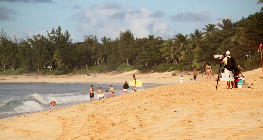 Hawaiian Surfing Banzai Pipeline