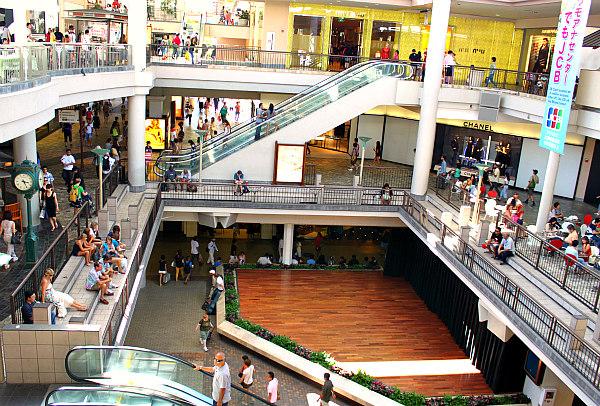 shopping on oahu;