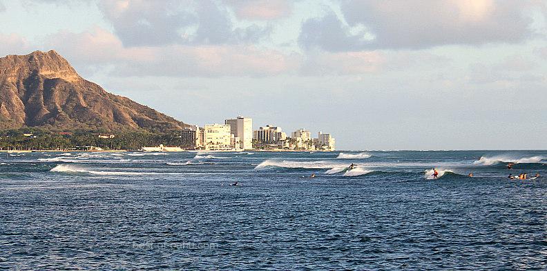 Hawaiian Surf Townside Rockpiles