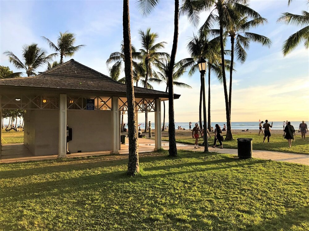 Waikiki Beaches Facilities