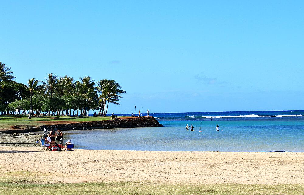 Ala Moana Beach