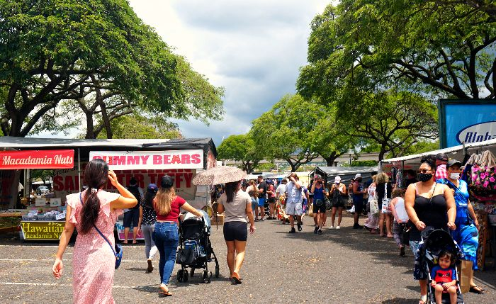 Aloha Stadium Swap Meet Action