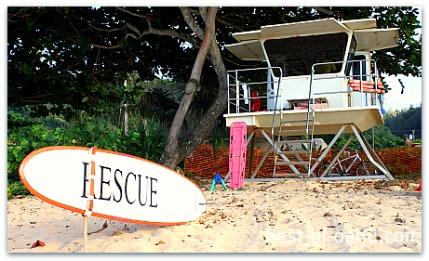 Banzai Pipeline Lifeguard Stand
