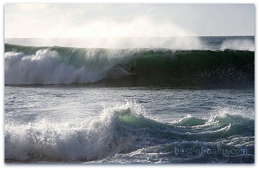 Hawaiian Surfing Pipeline