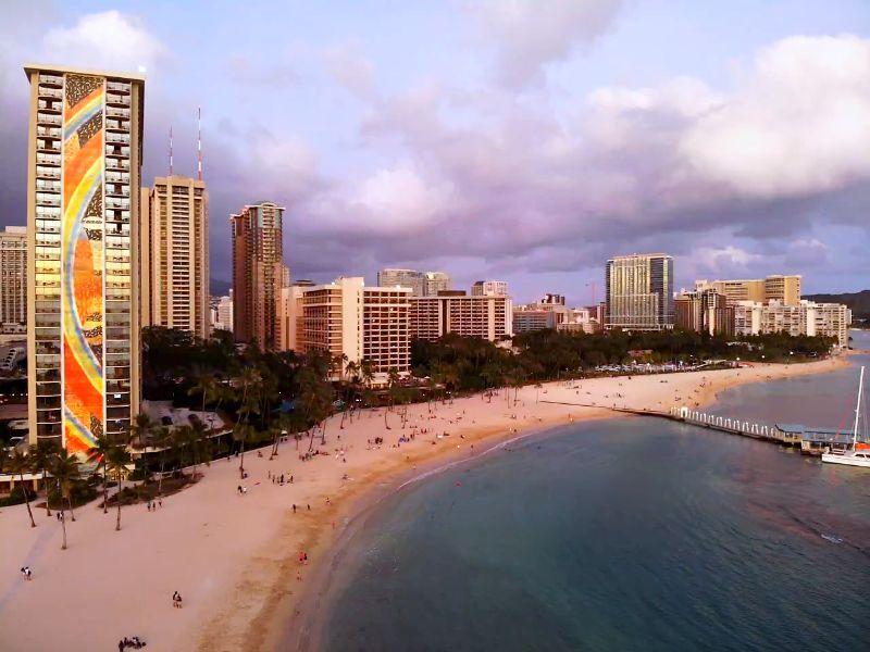 Duke's Beach Waikiki