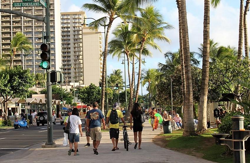 Waikiki Stroll