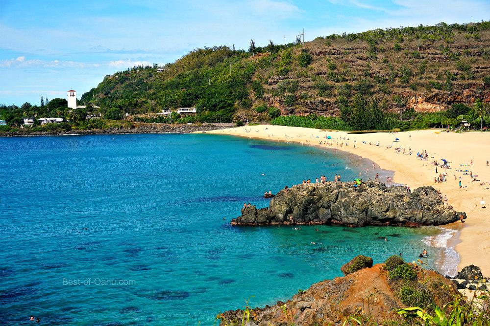 Waimea-Bay-Hawaii