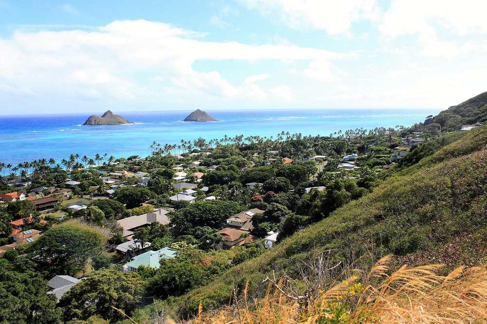 Oahu Hiking Trails - Lanikai Pillbox Trail