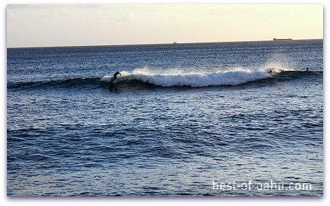 Ala Moana Surfing