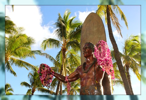 Duke Kahanamoku Statue at Waikiki Beach
