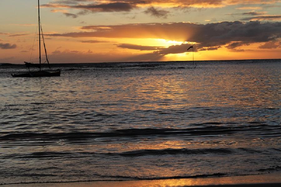 Outrigger Beach Waikiki