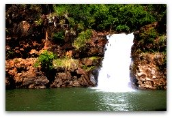 Oahu Hiking Trails - Waimea Falls